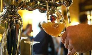 Высчитан идеальный угол, под которым нужно наливать пиво