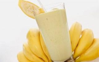 Бананово-молочный коктейль