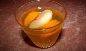 Компот из свежих яблок и мандаринов